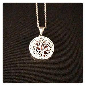 🚨FINAL PRICE 🚨Pretty Necklace